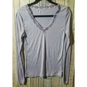 GAP long sleeved shirt